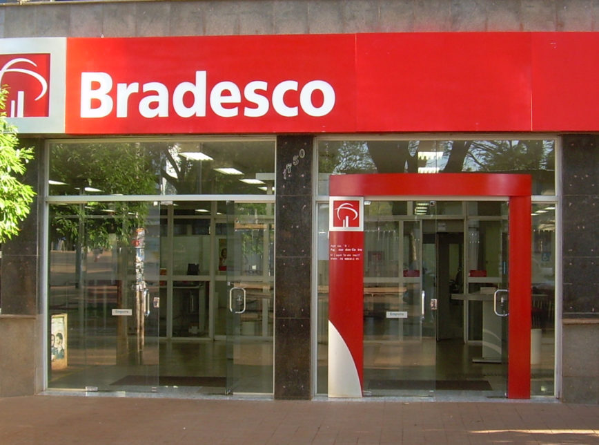 bradesco cria cargo de vice-presidência de clientes como estratégia